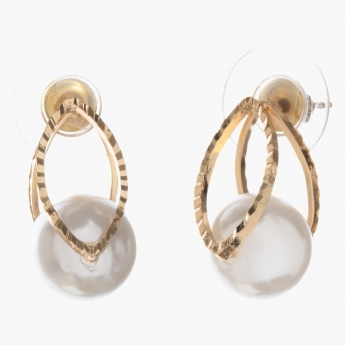 Adore Eye-shaped Earrings with Pearl