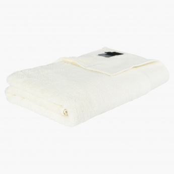 19V69 Embroidered Bath Sheet - 150x90 cms
