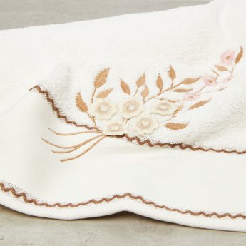 Flower Embroidered Bath Sheet - 150x100 cms