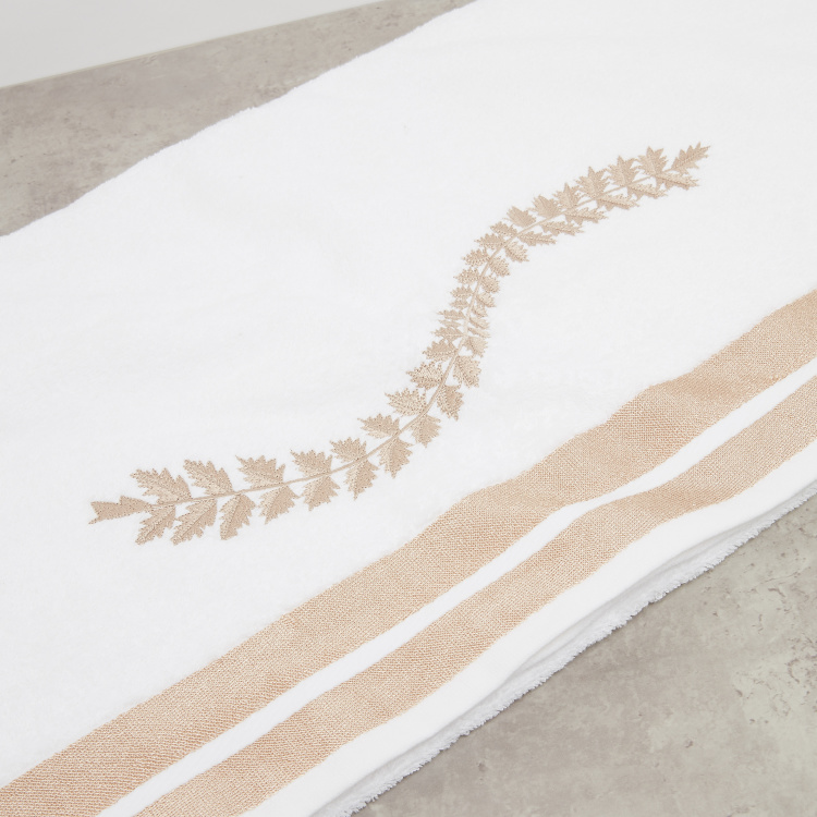 Embroidered Bath Towel - 70x140 cms
