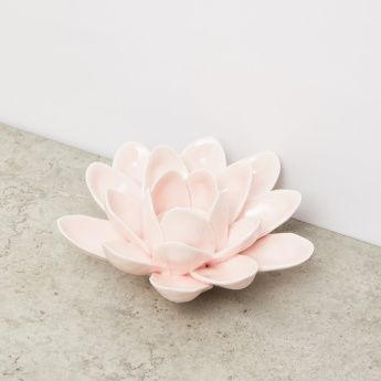Flower Candle Holder - 15x15x7 cms