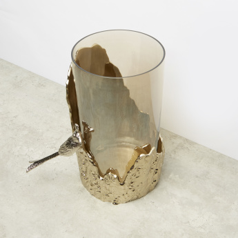 Moulded Cylindrical Metallic Hurricane - 24.5x21x33 cms