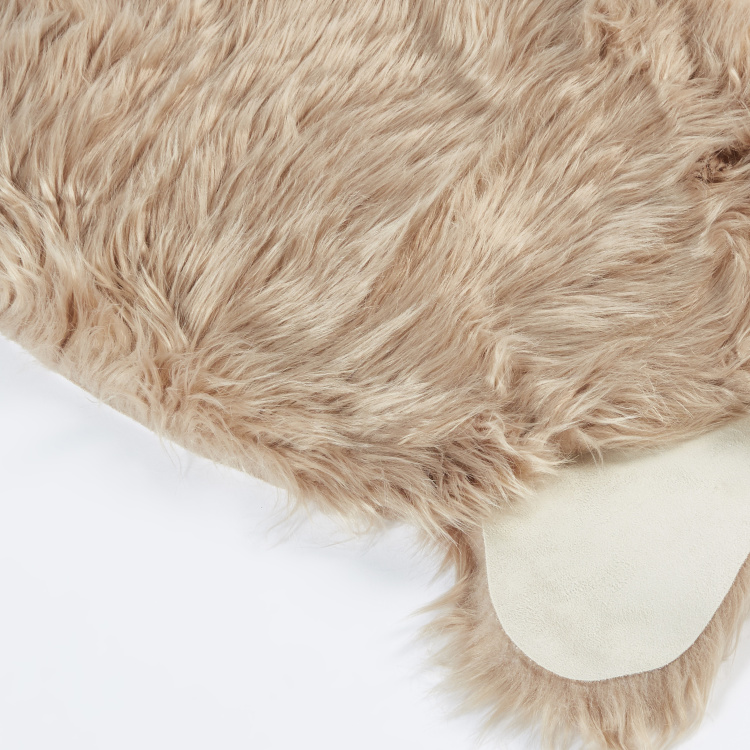 Textured Faux Sheepskin Fur Rug - 90x60 cms