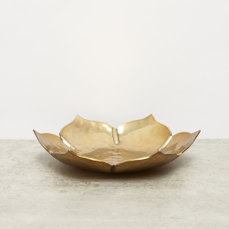 Lotus Shaped Decorative Plate - 20x20x4 cms